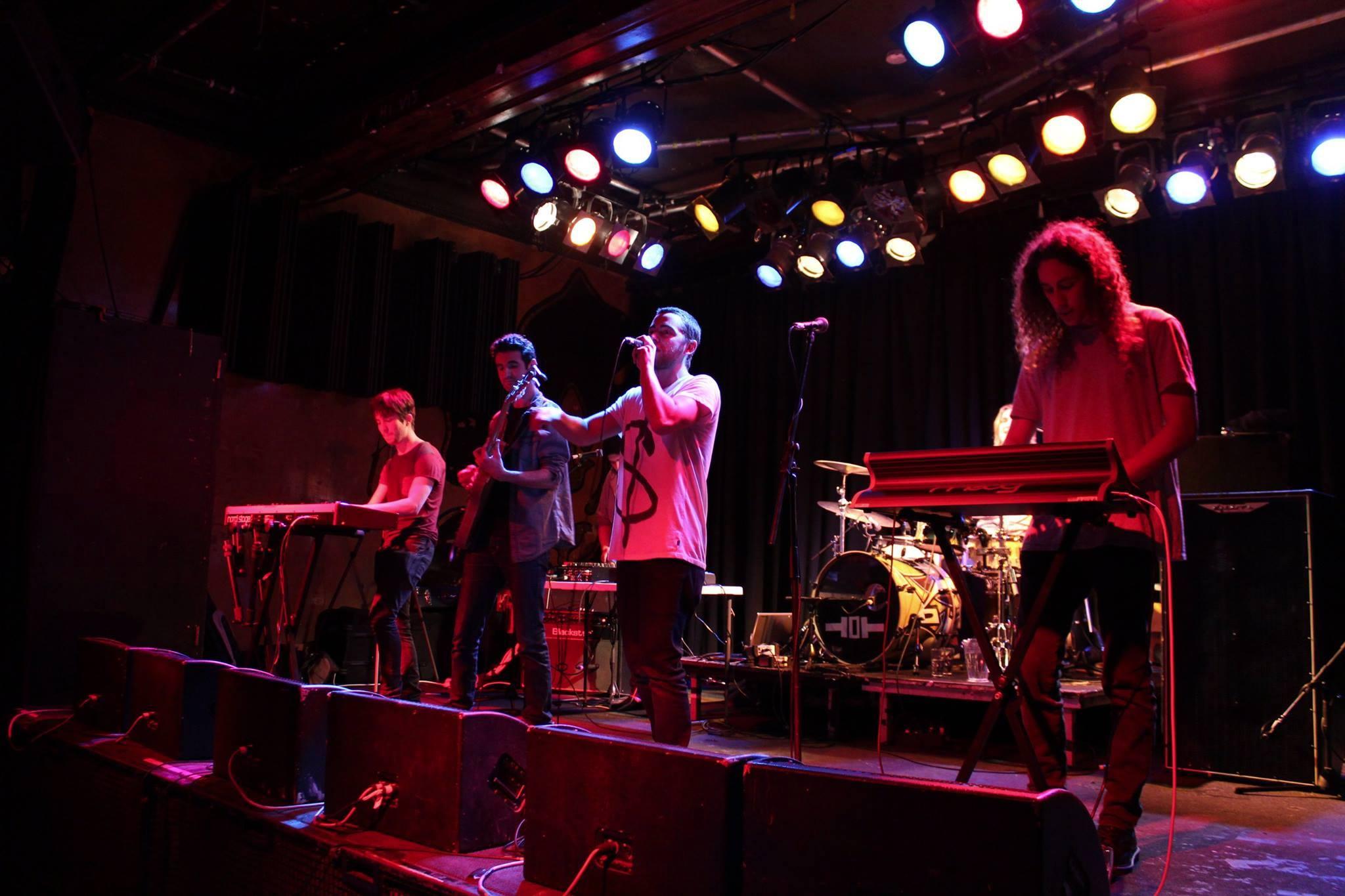 MiniCoop Live On Stage